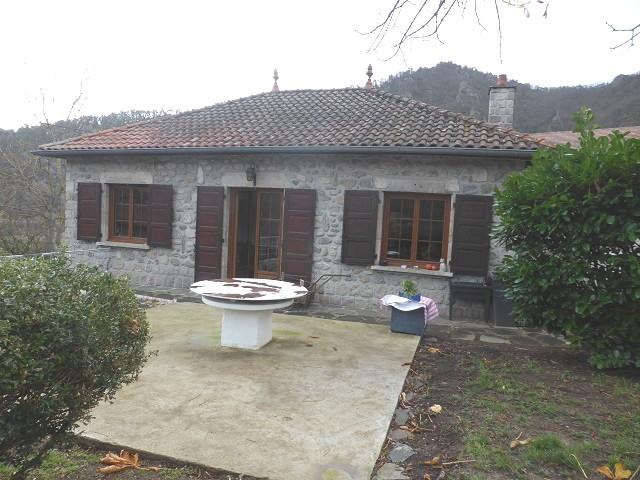 Maison Lavoute sur Loire