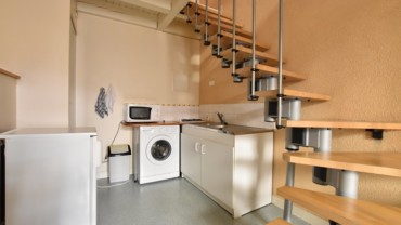 Duplex avec meubles