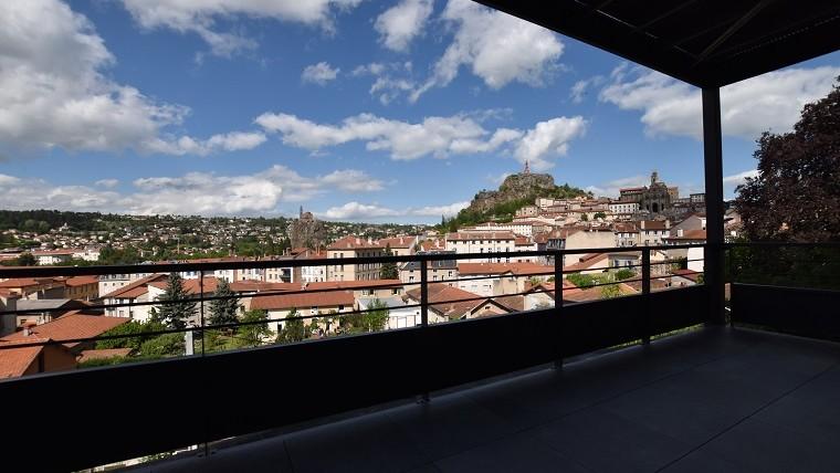 T4 125m2 neuf 150m tour Pannessac ascenseur+terrasse+garage