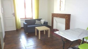 2 pièces meublées